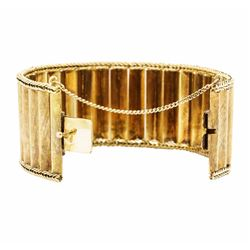 18KT Yellow Gold Lady's Wide Bangle Bracelet