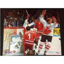 "LIMITED EDITION BOBBY HULL AUTOGRAPHED 16"" X 20"" PHOTO (1976 CANADA CUP) 66/76"