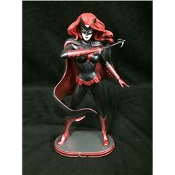 DC Collectibles Comics Cover Girls: Batwoman Statue (IN BOX)