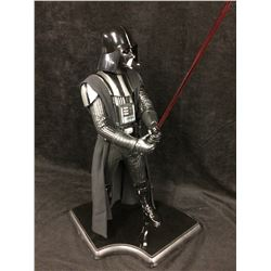 DARTH VADER 1/4 SCALE STAR WARS SIDE SHOW COLLECTIBLE W/ LIGHT UP LIGHT SABER