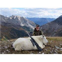 Mountain Goat Hunt, BC, Canada   Terminus Mountain Outfitters