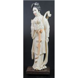 Guanyin, girl with flowers, old quality Chinese ivory figure