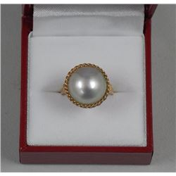 Ladies 14kt Gold Estate Mabe Cultured Pearl Ring,