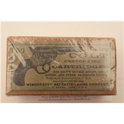 "18BJ-8 COLT 1877 AMMODesirable full ""picture"" box (picture of Colt  Model 1877 Lightning DA revolver"