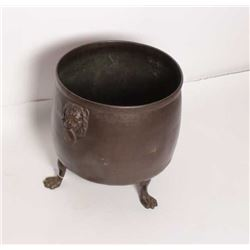 EVE-3 FOOTED BRONZE BRAZIERFooted bronze brazier with armoral crest on  the front and lions with rin