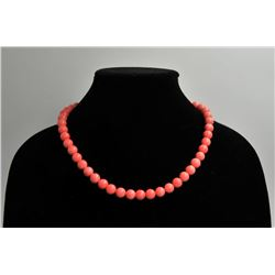 18RPS-42 CORAL BEAD NECKLACE & BRACELETOne set of fine quality coral bead necklace  and bracelet  ES