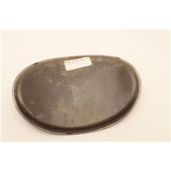 "18AL-15 TIN MEDICAL CANTEENCivil War era curved tin medical canteen,  approximately 9"" x 12""; overal"