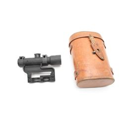 17KH-471- RUSSIAN SNIPER SCOPERussian sniper scope in leather carry case,  mount included; crisp opt
