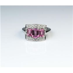 18CAI-25 PINK TOURMALINE RINGAmazing ring featuring three Pink Tourmalines  weighing approx. 3.00 ca