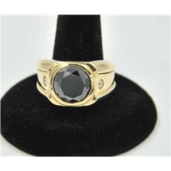 18PRS-4 BLACK DIAMOND RINGOne mans ring in 14k yellow gold set with   5.7ct black diamond and 2 acce