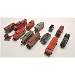 17FU-24 TIN TRAINS 1930-1940 LIONEL/AMER. FLYERLot of 12 old toy train cars, ca. 1930s-40s,   by Lio