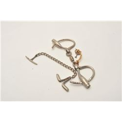 18AP-89 CUFFS MARLINAntique Marlin handcuffs.  The lot includes  one set of marlin handcuffs in good