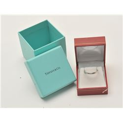 17LP-12 TIFFANY SILVER RINGTiffany sterling silver ladies ring.  The  ring is in good overall condit