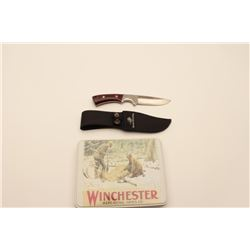 18AG-4 WINCHESTER KNIVESLot of Winchester knives including a sheath  knife and set of three bone han