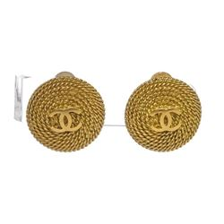 Chanel Gold Roped CC Logo Clip On Earrings 95P