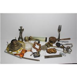Box miscellaneous lamp, clock parts and wrench