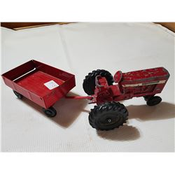 ERTTL International Tractor and trailer (Red)