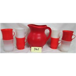 Smiling Face Kool Aid Pitcher /8 matching cups