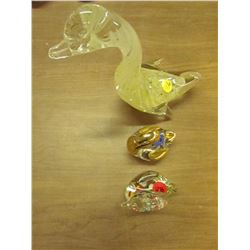 3 Glass Swan Figures
