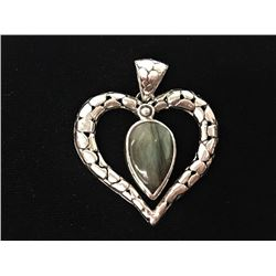 Labradorite Tear Drop In Heart Fancy Style Pendant