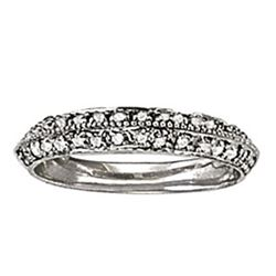 14kt gold 2.61 gram Wedding Bands/Pave