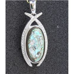 14K White Gold Mother of Pearl Pendant:8.4g/Diamond:0.37ct/M.of Pearl:1ea