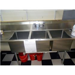 8 FT  / 3 Sink Stainless Unit
