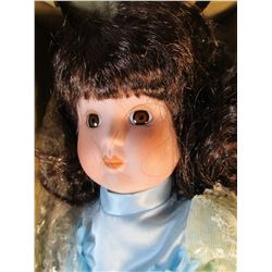 """Brinn's 1986 Musical Porcelain Doll Plays """"The Way We Were"""" New in Box"""
