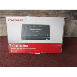 NIB Pioneer CD-BTB200 Bluetooth Adapter