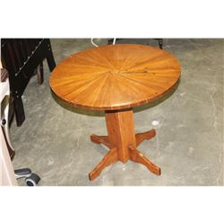 ROUND WOOD ENDTABLE