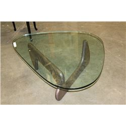 MODERN GLASSTOP COFFEE TABLE