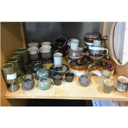 SHELF LOT OF FRENCH ONION SUOP BOWLS POTTERY MUGS ETC