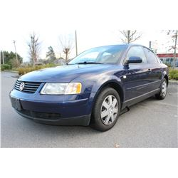 2000 VOLKSWAGEN PASSAT 4 DOOR, AUTOMATIC, BLUE, 161,895 KM. WITH KEY AND REGISTRATION