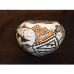 Acoma White and Black Pot With Diamond Two Peaks and Cloud and Rain- C. 1930- Letter of Authent.