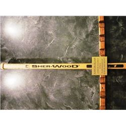 SIGNED NHL HOCKEY STICKS