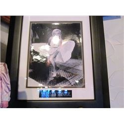 7 FRAMED PRINTS - MARILYN MONROE