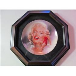 FRAMED COLLECTOR PLATES - MARILYN MONROE