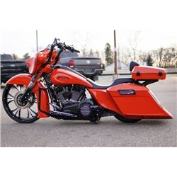 FRIDAY NIGHT! 2012 HARLEY-DAVIDSON STREET GLIDE CUSTOM