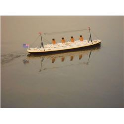 Ready to run Remote Control RMS Titanic 32'' with lights