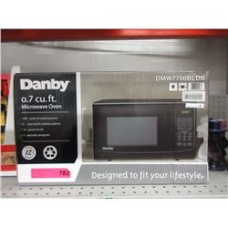 New Danby 0.7 Cubic Foot Microwave Oven - 700 Watt