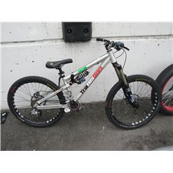 "Transition ""Bottle Rocket"" Trail Mountain Bike"