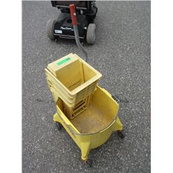 Mop Bucket with Squeegee