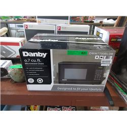 New Danby 0.7 Cubic Foot Microwave 700 Watts