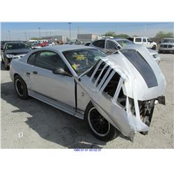 2001 - FORD MUSTANG // PARTS ONLY