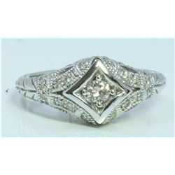 14K WHITE GOLD RING 4.46 GRAM DIAMOND 0.29CT CENTER DIAMOND 0.12CT