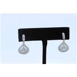 18K WHITE GOLD DIAMOND EARRING:5.53 GRAMS/DIAMOND:2.26CT