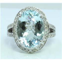 Aquamarine : 8.38ct / 14K White Gold Ring : 12.3g/Diamond : 1.11ct