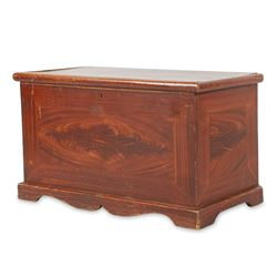 Waterloo County Grained Pine Blanket Box