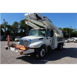 2009 INTERNATIONAL 4300 BUCKET/SIGN TRUCK; VIN/SN:1HTMMAAR89H132322 - S/A, 255 HP INT. DIESEL, ALLIS