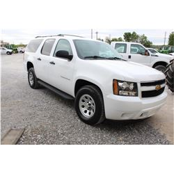 2012 CHEVROLET SURBURBAN VIN/SN:1GNSK5E73CR305103 - 4X4, V8 GAS, A/T, AC, 3RD ROW SEATING, 123,212 M
